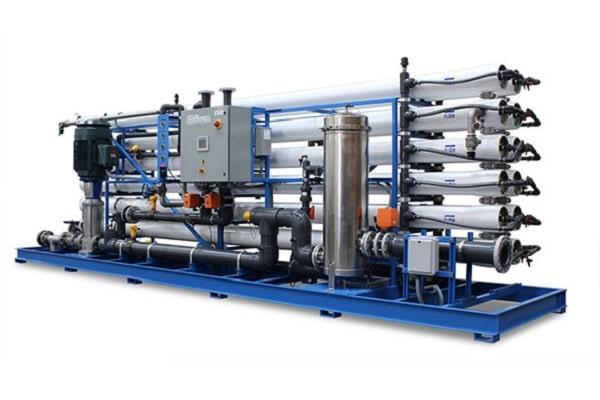 دستگاه تصفیه آب اسمز معکوس صنعتی